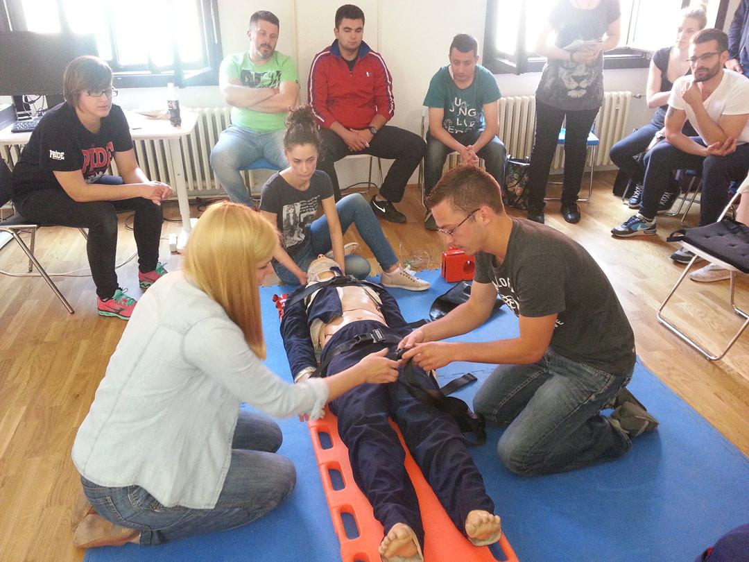 Interna edukacija za liječnike i tehničare