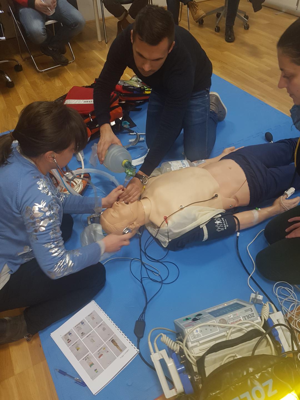 """Uspješno odrađen 2. modularni tečaj """"Brze intubacije u slijedu"""""""